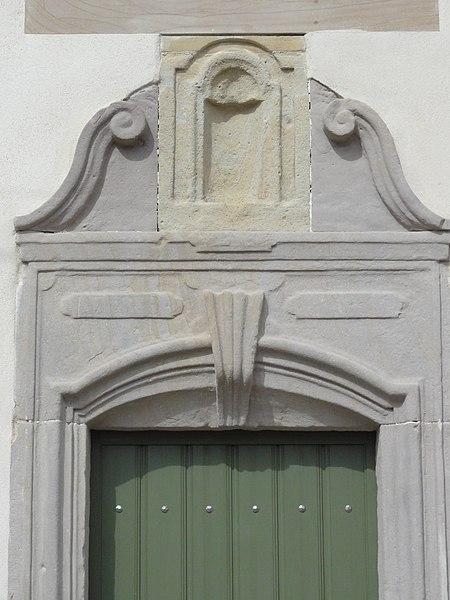 Flin (M-et-M) dessus de porte maison C