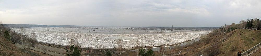 Разлив Томи 29 апреля 2010года.