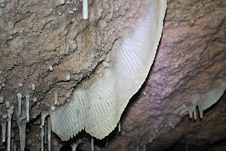 Rock Dove Cave - Image: Formation 9667