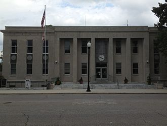 Franklin County, Alabama - Image: Franklin County Courthouse in Russelville, Alabama