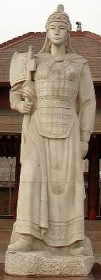 Women in ancient and imperial China - Statue of Fu Hao by a modern artist.