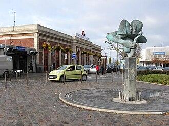 Mantes-la-Jolie station - Gare de Mantes-la-Jolie