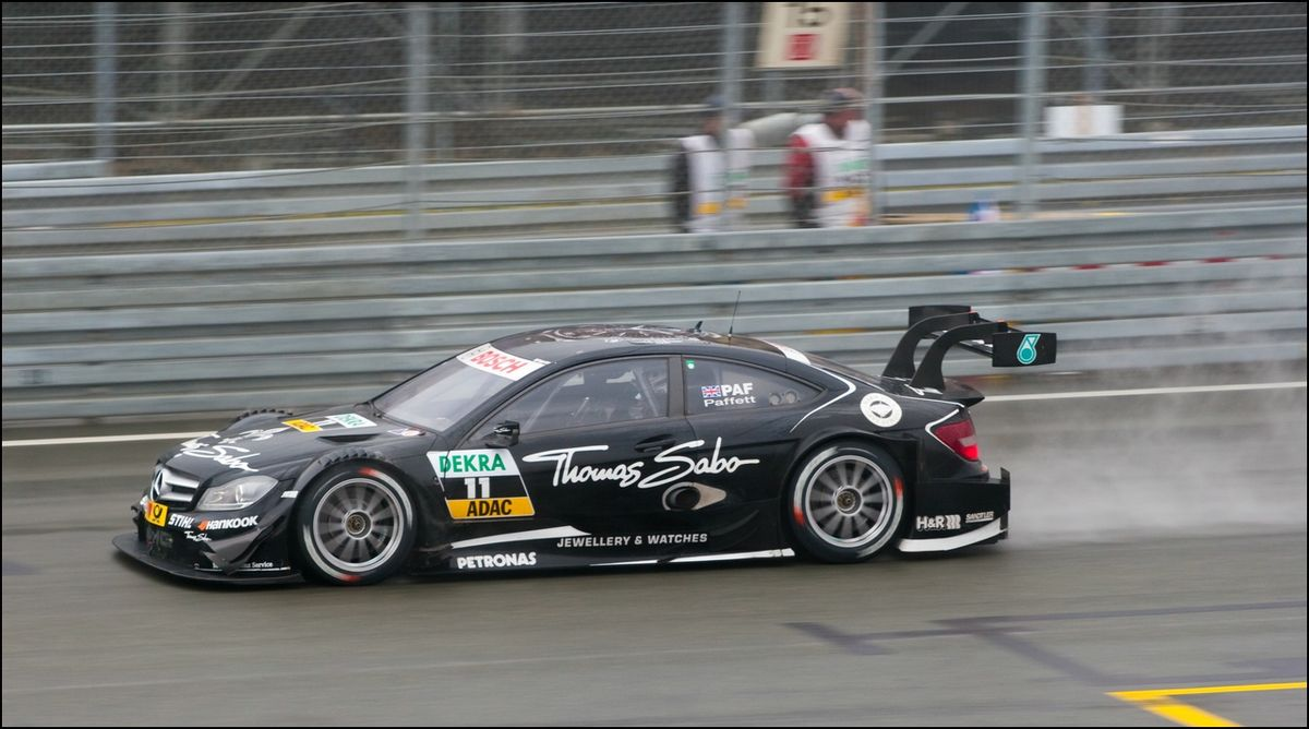 Mercedes amg c coup dtm wikipedia for Mercedes benz touring car