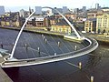 Gateshead Millennium Bridge - geograph.org.uk - 1054336.jpg