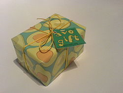 Gift yellow-green wrapping.jpg