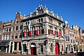 Golden age buildings at Haarlem at the Spaarneriver. This is the old Weighbuilding - panoramio.jpg