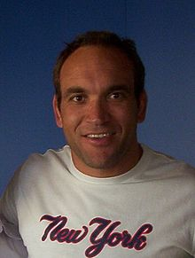 alt=Description de l'image Gorden Tallis (5 September 2003).jpg.