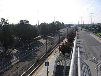 Santa Clara – Great America station - Station seen from Tasman Drive looking south