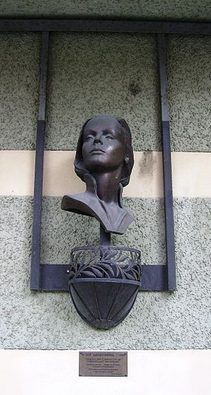 Greta Garbo - Monument on the building which now stands where Greta Garbo was born on Södermalm.