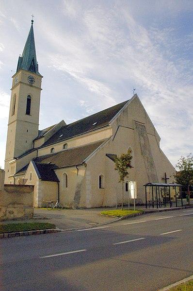 File:Guntersdorf Kirche.jpg