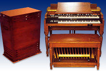 A Hammond B3 Organ and Leslie speaker