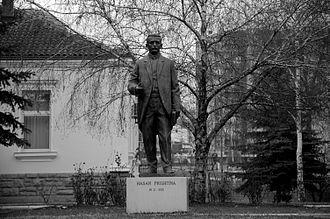 Hasan Prishtina - Monument to Hasan Prishtina at the University of Prishtina