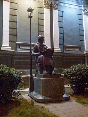 Elene Akhvlediani - Helene Akhvlediani Statue, Tbilisi