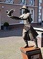 Helmond The Giving Child Willem van der Velden.jpg