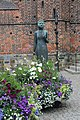 Helsingborg, statue in front of the Saint Mary church.JPG