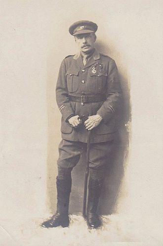 Herbert Ward (sculptor) - Herbert Ward in uniform wearing the Croix de Guerre, c1916