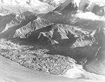 Herron Glacier, valley glacier terminus, August 8, 1957 (GLACIERS 5160).jpg