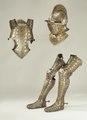 Hjälm av bourgonet-typ, tillverkad i Greenwich ca 1585, etsad och förgylld dekor - Livrustkammaren - 47595.tif