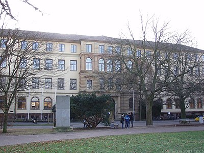 Hn-robert-mayer-gymnasium.jpg
