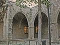 Hospital de la Santa Creu, angle del claustre.jpg