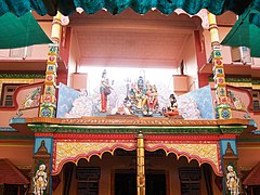 Idagunji Ganesh Temple's Entrance - panoramio.jpg