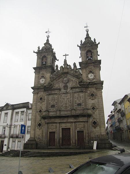 File:Ingreja de Santa Cruz (14007735434) (2).jpg