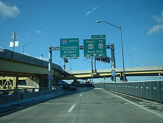 Interstate 376 - The western end of I-376 in 2003.