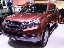 Isuzu mu-X, Front view at TMS2013.jpg