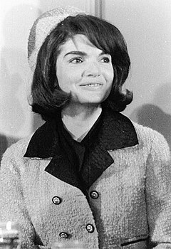 Jacqueline Kennedy Onassis JBK In Ft Worth (11-22-63).jpg