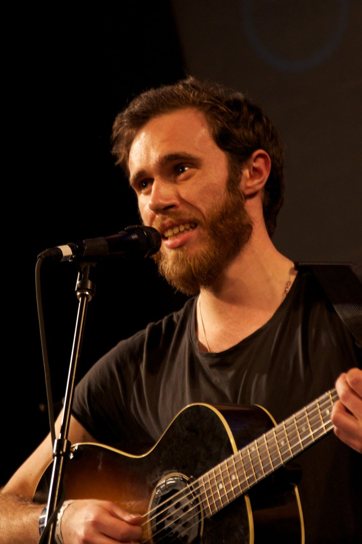Holland And Holland >> James Vincent McMorrow - Wikipedia