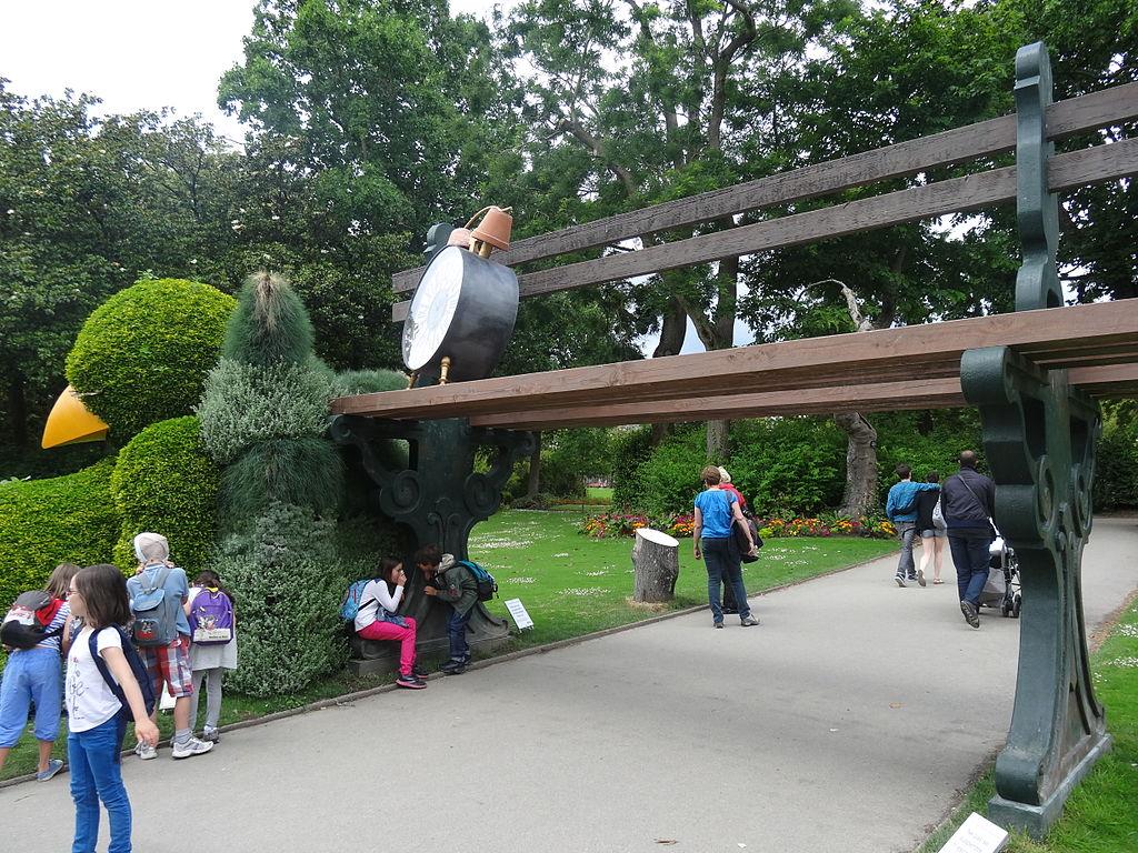 File:Jardin des Plantes (Nantes) 2014 - 08 Le massif du ...