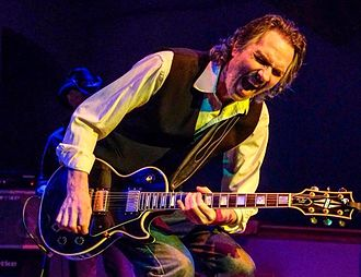 Jim McCarty (guitarist) - McCarty with guitar