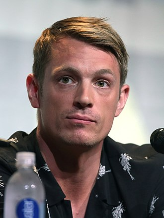 Joel Kinnaman - Kinnaman at the 2016 San Diego Comic Con
