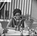 Josephine Baker in Kasteel Les Milandes J B aan tafel, Bestanddeelnr 912-6495.jpg
