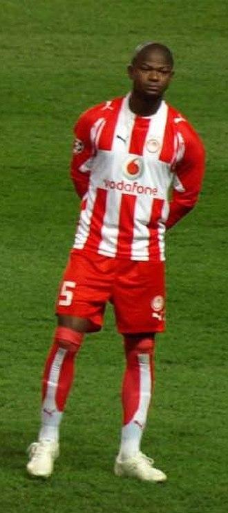 Júlio César (footballer, born November 1978) - César during a game with Olympiacos in 2008