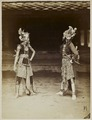 KITLV 8698 - Céphas - Dancers of the patih of Yogyakarta - Around 1885.tif