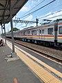 KRL Commuter Line di Stasiun Pondok Ranji.jpg