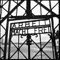 KZ-Gedenkstaette Dachau 02.jpg