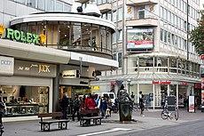 Karlsruhe, Geschäfte in der Kaiserstraße, Bild 2.JPG