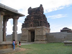 South Indian culture - The ruins at Hampi attest to the richness of Vijayanagara architecture.
