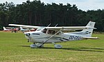 Keiheuvel Cessna 172S Skyhawk OO-CEU 04.JPG