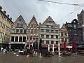 Korenmarkt, met links de Donkersteeg - Gent.jpg