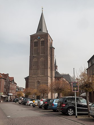 Korschenbroich - Korschenbroich, churchy: die katholische Pfarrkirche Sankt Andreas