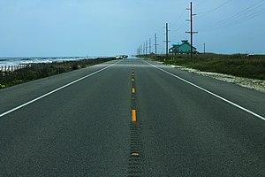 Louisiana Highway 82 - Image: LA82West Road Centerline Along Beaches