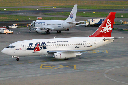 National Mozambican airline, LAM Mozambique LAM Boeing 737-200Adv C9-BAK JNB 2005-12-2.png