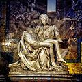 La Pietà de Michel-Ange (25901652585).jpg