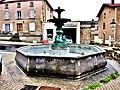 La fontaine aux cygnes.jpg