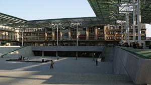 Gare d'Amiens - Image: La gare d'Amiens en 2009