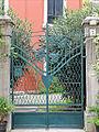 La villa Giannina (Lido de Venise) (8157814895).jpg