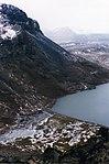 Lac Noir (îles Kerguelen).jpg